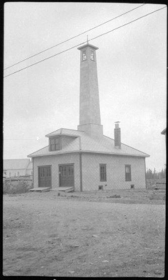 19047