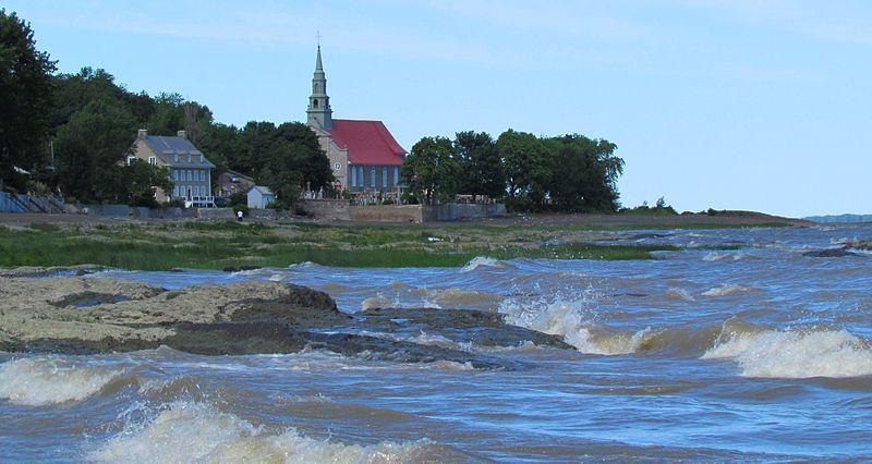 800px-Église_de_St-Jean,_Ile_d'Orléans,_QC,_Canada